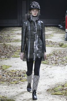 Moncler Gamme Rouge - PFW FW '15-'16