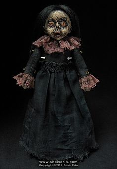Hilda – Zombie Art Doll #13 Love love love Shain Erin's fantastically creepy Morbid Art Dolls!!