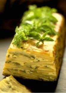 Potato Cake with herbs Potato Dishes, Potato Recipes, Go Veggie, Salty Foods, Cooking Recipes, Healthy Recipes, Side Recipes, Food Inspiration, Food To Make
