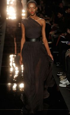 MONIQUE LHUILLIER Fall 2012. #StyleInvades #NYFW #MBFW