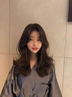 This is often because they aren't aware of how to properly take good care of their hair. This article will give you know what you need to know about good hair Cut My Hair, Hair Cuts, Hair Inspo, Hair Inspiration, Medium Hair Styles, Curly Hair Styles, Haircuts Straight Hair, Long Layered Haircuts, Ulzzang Hair
