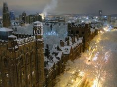 Really need to see this campus in person some day! Snowy Night, Yale University, New Haven. Photo: Travis Pantin, Yale Law School, 1/9/11