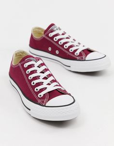 Shop Converse Chuck Taylor All Star ox burgundy sneakers. With a variety of delivery, payment and return options available, shopping with ASOS is easy and secure. Shop with ASOS today. Tenis Vans, Vans Sneakers, Best Sneakers, Converse Burgundy, Burgundy Sneakers, Converse Shop, Converse Style, Converse Fashion, Converse Chuck Taylor All Star