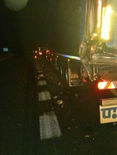 Accidente por alcance. Xunto coa G.C de Tráfico na A52 pk 259 (Carballeda de Avia) sen feridos. Xullo 2014 (2)