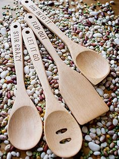 Perfect gift for food lovers: The Talisman Designs Get Real Dinner Time Beechwood Turner Spoons. Wood Burning Crafts, Wood Burning Patterns, Wood Burning Art, Wooden Spoon Crafts, Wood Spoon, Eat Your Heart Out, Wood Burner, Simple Gifts, Pyrography