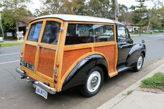 Morris Minor Traveller woody wagon. A very American Moggie.