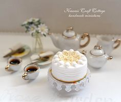 1/6 scale dollhouse miniatures, miniature tea set, Dollhouse, Porcelain, Tea set, Cake, Coffee, Pastry, Kawaii, Cute, Gift, Cup, Plate, Daisy, Yellow, Party, Plates, Cups, Clay, Doll, Fake, Food, Flowers, Handmade