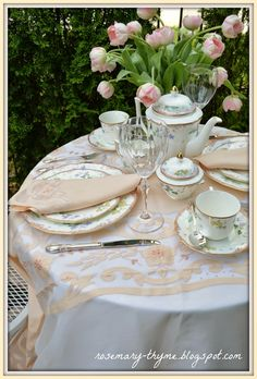 Have a patio garden tea and lunch w/ Cake with your daughter/s - starting when they are little. Set the pace so they can take their time to enjoy the food, talk, share, and feel like little Princesses in their own Castles . Pink Dishes, Afternoon Tea Parties, Tea Service, My Cup Of Tea, Chocolate Pots, Vintage Tea, High Tea, Tea Set, Tea Time