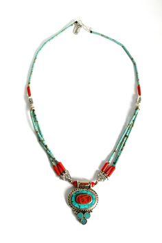 Dinaty Nepalese inlay oval Pendant necklace by handmadebyinali