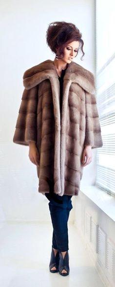 Mink Fur Coat (=)