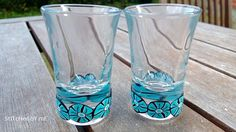 Snaps with blue flowers Pint Glass, Blue Flowers, Polymer Clay, Glass Vase, Tableware, Home Decor, Dinnerware, Decoration Home, Room Decor