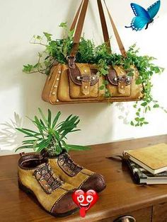 Fun DIY Interior Decorating Projects and Inspiring Recycling Ideas home decor ideas recycling | ... shoes and handbags for planters, creative interior decorating ideas<br> DIY projects are fun