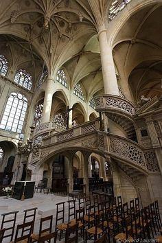 Saint Etienne du Mont church, Paris
