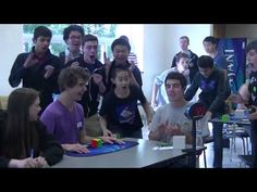 Onewstar: Usa, cubo di Rubik risolto in 5,25 secondi