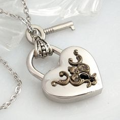 Really want this, getting a bit obsessed with locks and keys now :)