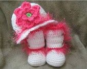 Infant Flapper Hat with Flower and Matching Boots