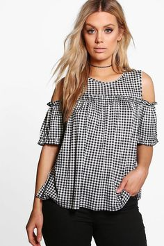 boohoo Plus Zoe Gingham Cold Shoulder Ruffle Top Blouse Designs, Blouse Styles, Ruffle Top, Wardrobes, Diy Clothes, Gingham, Plus Size Outfits, Casual Wear, Fashion Dresses