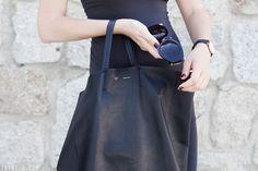 Trini | The Row sunglasses - Céline cabas bag - Daniel Wellington watch