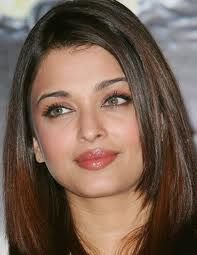Removing your make-up properly before going to bed is one of the most important thing in the way of beauty forever, if you think that by washing your face with best face wash or wipe is enough then you are wrong. Aishwarya Rai Pictures, Aishwarya Rai Photo, Actress Aishwarya Rai, Aishwarya Rai Bachchan, World Most Beautiful Woman, Beautiful Eyes, Beautiful Women, Beautiful Bollywood Actress, Beautiful Indian Actress