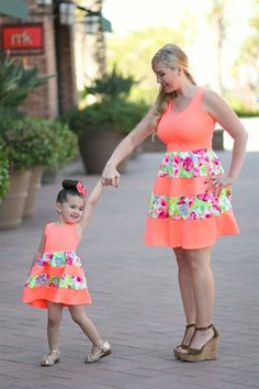 Avaliable Fashion New Family Matching Outfits Mother Daughter Dresses Flower Patchwork Priness Dress Mum Kids Dress Summer Family Clothes Mommy And Me Dresses, Mommy And Me Outfits, Mom Dress, Girl Outfits, Girls Dresses, Party Dresses, Mini Dresses, Lace Dress, Mother Daughter Matching Outfits