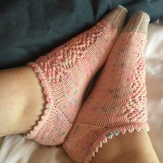Ravelry: Girl's Best Sockette pattern by Kate Harland Knitting Stiches, Knitting Socks, Knitting Patterns, Knitted Slippers, Knit Picks, Ravelry, Crochet Yarn, Mittens, Home