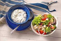 Tzatziki, wie ich es aus Kreta mitgebracht habe, ein tolles Rezept aus der Kategorie Gemüse. Bewertungen: 1.019. Durchschnitt: Ø 4,7.