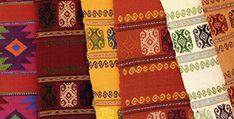 artesanía de los altos de chiapas: productos ofertados por mujeres de los Altos de Chiapas. Textile Crafts of Chiapas, Mexico.