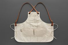 nice in canvas Chef Dress, Jean Apron, Work Aprons, Sewing Circles, Chest Rig, Apron Designs, Leather Apron, Chef Apron, Sewing Aprons