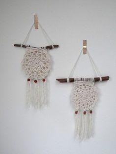 Correio – teresa pereira – Outlook Crochet Wall Art, Crochet Wall Hangings, Crochet Motif, Crochet Doilies, Crochet Patterns, Dream Catcher Craft, Dream Catcher Boho, Crochet Decoration, Crochet Home Decor