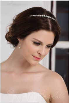 Marry Me In Michigan: Winter Wedding Bridal Head Piece Inspiration {featuring a @Simply Bridal Head Piece Giveaway!}