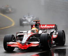 Lewis working hard in the wet F1 Racing, Road Racing, Lewis Hamilton, Car And Driver, Formula One, Grand Prix, Working Hard, Luxury Travel, Awesome