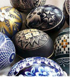 10 amazing feats of easter egg art Homemade Gifts, Homemade Cards, Polish Easter, Egg Shell Art, Ukrainian Easter Eggs, Ukrainian Art, Carved Eggs, Easter Egg Crafts, Egg Designs