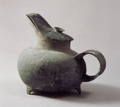 Chinese | Neolithic [I can't help but think the lid was made later. Centuries later.]