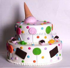 Risultati immagini per tartas goma eva 3 Year Old Birthday Cake, Birthday Cake Girls, Sweets Cake, Cupcake Cakes, Baby Shower Cakes, Torta Angel, Bolo Fake Eva, Eve Children, Felt Play Food