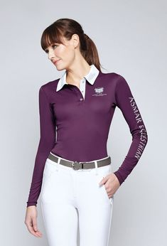 These modern and elegant Equestrian Fashion for Women is suitable for riding horses! The Effective Pictures We Offer You About Equestrian Fashion be Women's Equestrian, Equestrian Outfits, Equestrian Fashion, Sun Shirt, Woman Standing, Outdoor Woman, Long Sleeve Polo, Zip Ups, Riding Horses