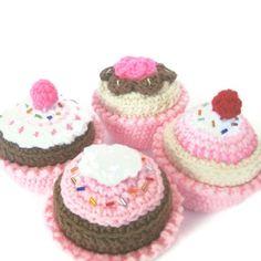 Play+Food+Crochet+Pattern++Cakes+Cupcakes+by+CrochetNPlayDesigns,+$7.00