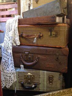 the vintage bricoleur: Mes Amis Vintage Antiques