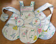 cute apron [downwithclutter.blogspot.com]