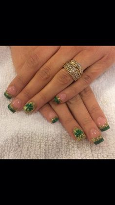 Get your nails ready for that St.Patrick's Day Party with these awesome nail designs and make those talons smile Irish style.