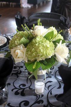 Swan's Landing Catering Hydrangea Centerpiece - My wedding ideas