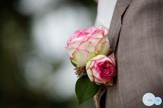 wedding, trouwen, bruidsreportage, bruiloft, corsage, bruidegom, www.2rmbr.com