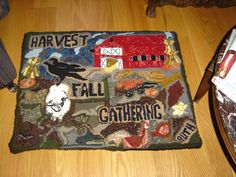 I just finished my fall - harvest rug. Finally finished a rug with the season it's meant for still here!