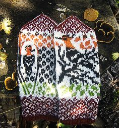 Ravelry: Hoopoes In the Woods pattern by Natalia Moreva