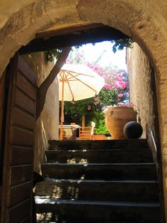 Monemvasia Aperture, Pathways, Great Photos, Bliss, Greece, Art Photography, Wanderlust, Home And Garden, Gardens