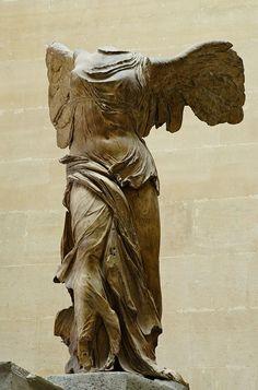 The Hellenistic Period Ancient Greek Sculpture, Greek Statues, Ancient Art, Angel Statues, Hellenistic Art, Hellenistic Period, Elements Of Art Space, Art History Timeline, Renaissance Kunst