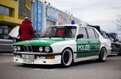 Polizei E28
