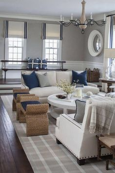 East Coast House with Blue and White Coastal Interiors - Home Bunch Interior Design Ideas Coastal Living Rooms, My Living Room, Living Room Interior, Home And Living, Living Room Decor, Living Area, Small Living, Modern Living, Living Spaces