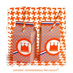 oranje verpakking. Although it's very buy I like it. You? PD