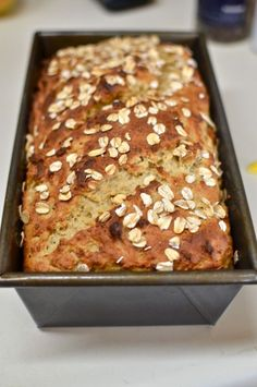 No Kneading only ONE rise Gluten Free Honey Oatmeal Bread @ Yammie's Gluten freedom: *Gotta try :)