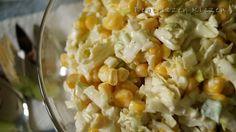 Prosta i szybka surówka z kapusty pekińskiej i kukurydzy